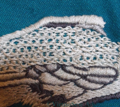 Pekinese Stitch On The Peacock's Back